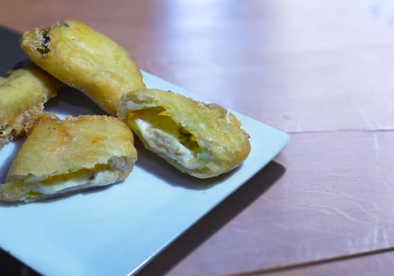 Fiori di zuca <small>(flor de calabacín, mozzarella, anchoa)</small>